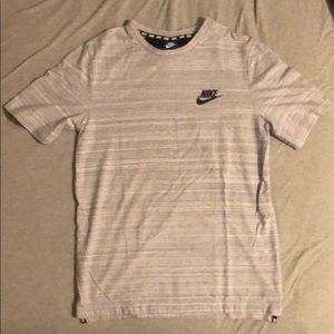Nike Sportswear Shirt Gray Size Small pre-owed